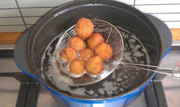 Hoe maak je vegetarische bitterballen?