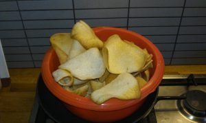 Cassave prawn crackers