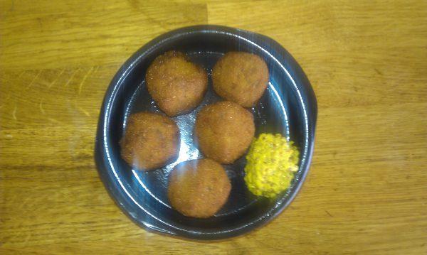 Portie Bitterballen met mosterd